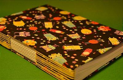 Sketchbook com costura artesanal - Estampa Monsters