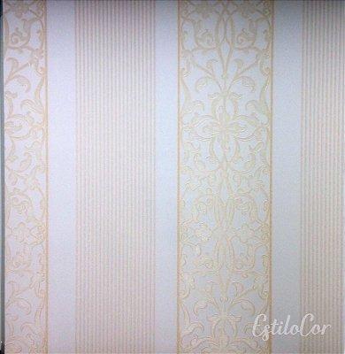 Papel de Parede Listras com Arabesco Off-White e Creme com Brilho Kantai Grace Vinílico GR920101