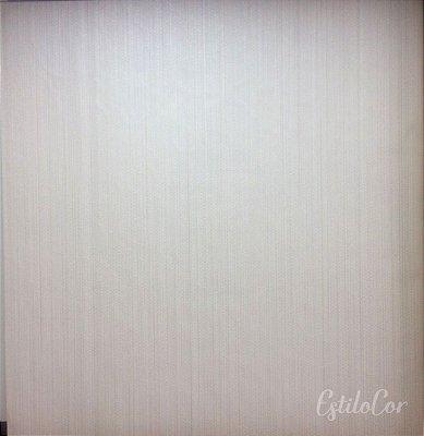 Papel de Parede Riscas Off-White com Brilho Kantai Grace Vinílico GR920705