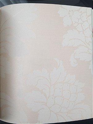 Papel de Parede Vinílico Floral Marcante e Folhagem (Rosa Quartzo/ Efeito Perolado/ Detalhes com Relevo)