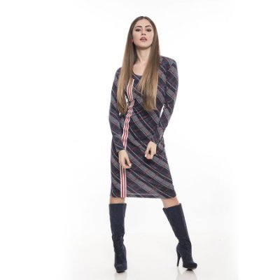 Vestido xadrez com detalhe na lateral