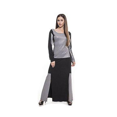 Vestido longo com recortes e detalhes em cinza