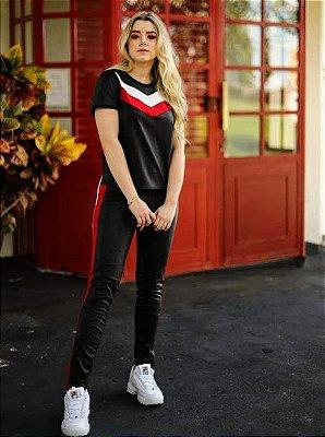 Anemess - Conjunto COURO calça/blusa preto com detalhes em vermelho - TAMANHO M