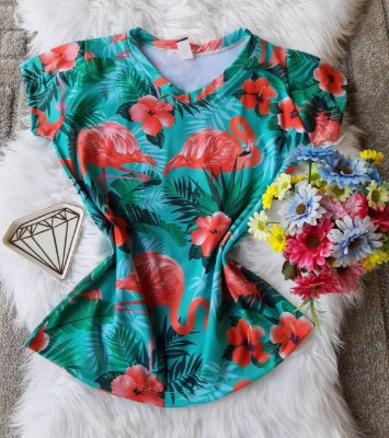 Blusa Feminina Estampa Animal no Atacado Flamingos Fundo verde