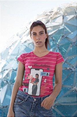 T shirt Feminina Profissão no Atacado Vendedora fundo rosa
