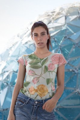 Camiseta Feminina Floral no Atacado Rosas