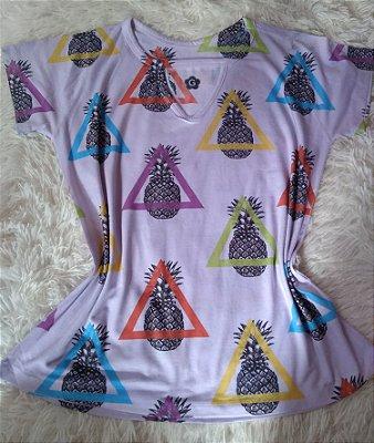 T-shirt Feminina para Revenda Abacaxis Coloridos