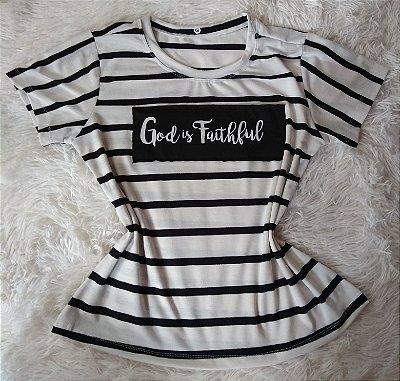 Tee Feminina no Atacado God Is Faithful