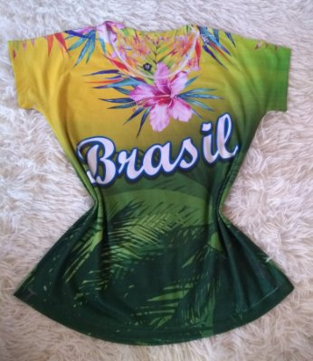 T-Shirt Feminina no Atacado Brasil Flores