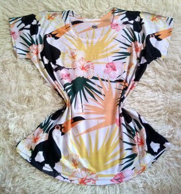 T-Shirt Feminina Para Revenda Tucanos e Plantas