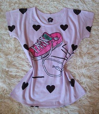 T-Shirt Feminina no Atacado Tênis