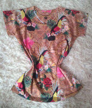 Blusa Feminina no Atacado Tucanos e Flores