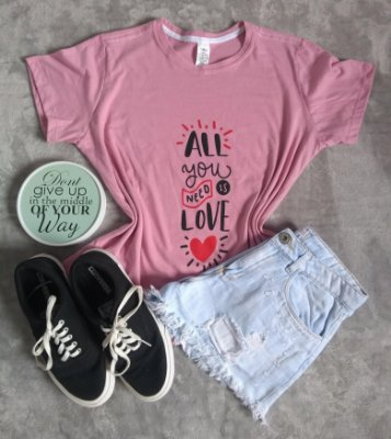 TShirt Feminina no Atacado All You Need is Love