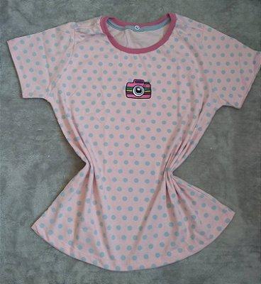 T-Shirt Feminina no Atacado Câmera Fundo Poá