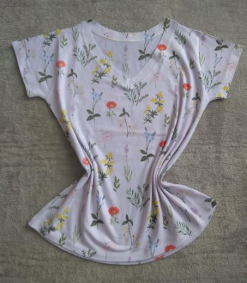 Blusa Feminina Para Revenda Flores Coloridas Pequenas