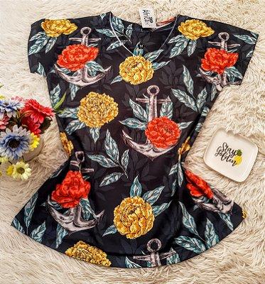 T-Shirt  Âncoras e Flores