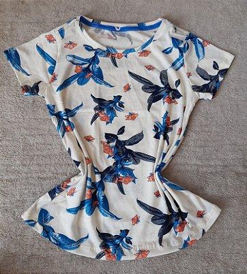 T-Shirt Feminina no Atacado Flores