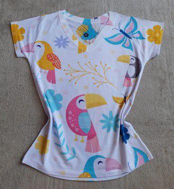 T-Shirt Feminina no Atacado Tucanos Coloridos