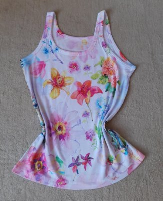 T Shirt Feminina no Atacado Flores Grandes Coloridas