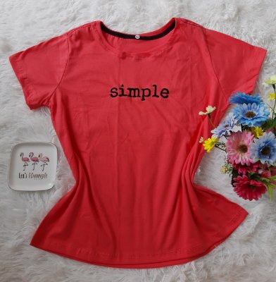 T-Shirt Feminina no Atacado Simple