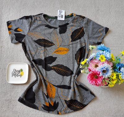 T-shirt Folhas Preto e Laranja