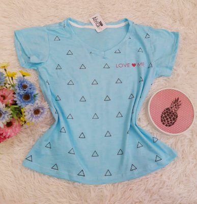 Camiseta No Atacado Love Me Azul
