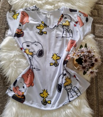 Camiseta Feminina Personagem No Atacado Snoopy