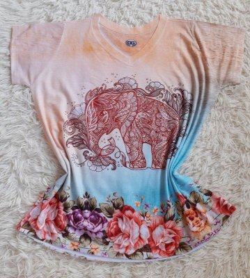 T-shirt Feminina Elefante