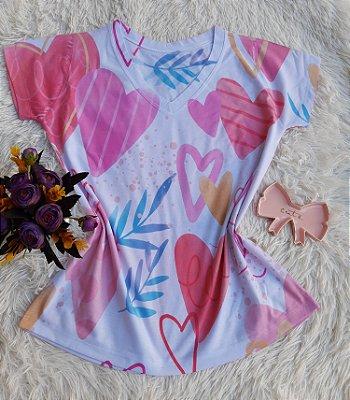 T-shirt Feminina Corações Rosas