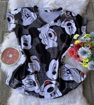 Camiseta Feminina Personagens No Atacado Mickeys