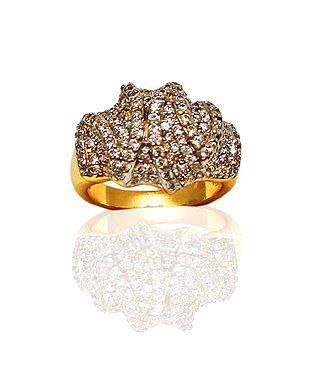Anel com pedras cravejadas modelo luxo folheado a ouro 18k