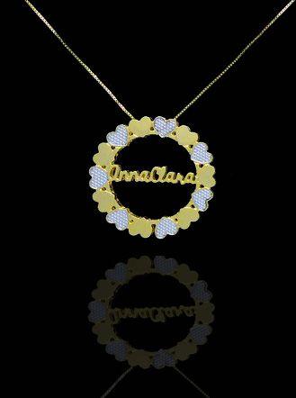 Colar Mandala com nome central folheado a Ouro 18k e adorno de corações