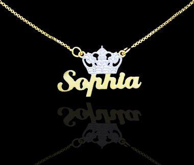 Colar com nome simples folheado a ouro 18k com adorno de coroa