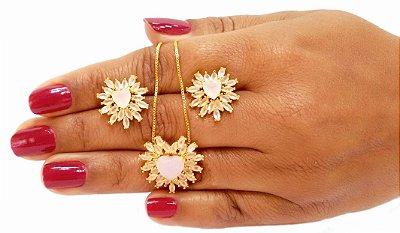 Conjunto colar e brincos pedra coração e zirconias rosa leitoso folheados em ouro 18k