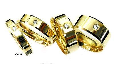 Aliança de moeda 4mm modelo reta com zircônia e lateral diamantada