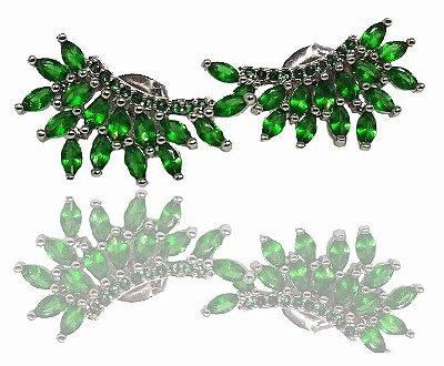 Brinco Pedra Verde Asa de Anjo Folheado a Ródio Branco