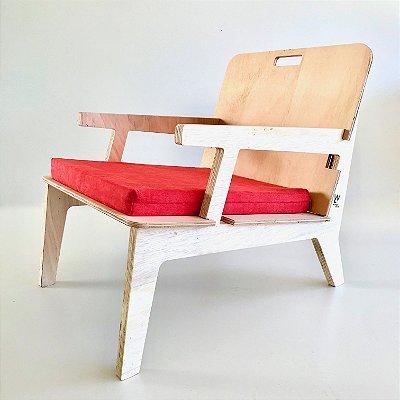 Cadeira Netuno com Braço e Estofado