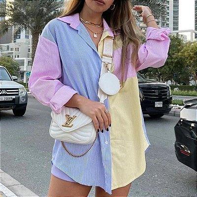 Camisa Alongada Listrada com Recortes - 2 cores