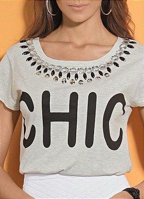 T-Shirt Cinza com Pedrarias