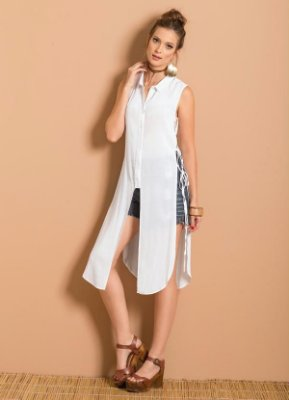 Camisa Alongada com Fenda Branca