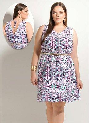 Vestido Evasê Geométrico Rosa e Cinto Plus Size
