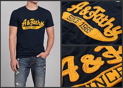 T-Shirt Masculina - Preta com Amarelo