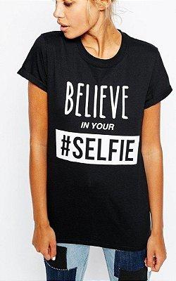 T-shirt Believe in Your #Selfie