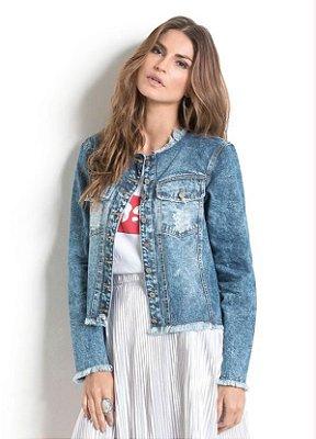 Jaqueta Jeans com Detalhes Desfiados
