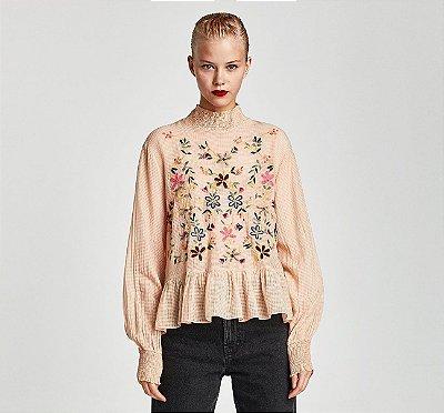 Blusa Delicate Rose