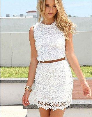 Vestido Off White de Renda