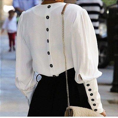 Blusa Branca Botões