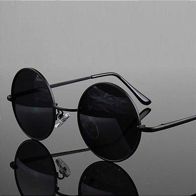 Óculos de Sol Preto Arredondado