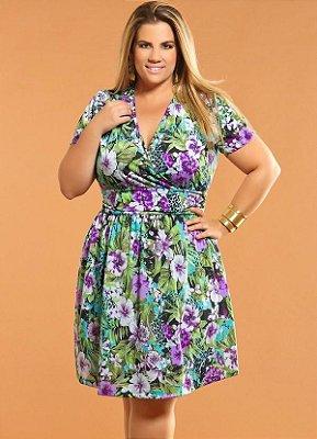 Vestido com Decote V Floral Plus Size