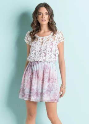 Vestido com Transparência Floral Rosa
